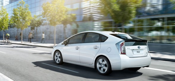 Toyota hybrid vehicles: A cleaner choice for urban air quality