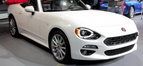 New Fiat 124 Spider makes dazzling debut at LA Motor Show